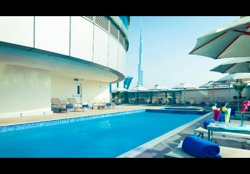 Warwick Hotels With Pools